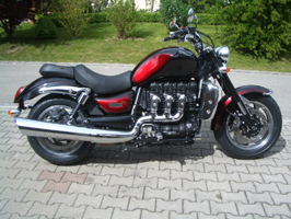 Triumph_Rocket_III_Roadster